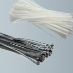 kabelbinder schwarz und weiss
